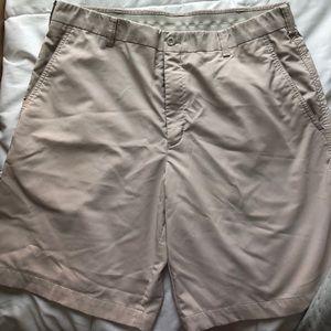 Men's Nike Khaki Fit Dry Golf Shorts size 36